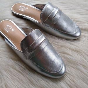 Apt. 9 • silver metallic mules slip-on loafers